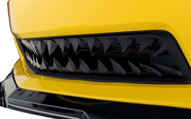 Blakk Stealth Shark Teeth Grille for Camaro V8 | PFYC